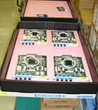 導電素材のプラダンで通信機器などを収納
